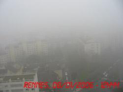 Brouillard sur Rennes.
